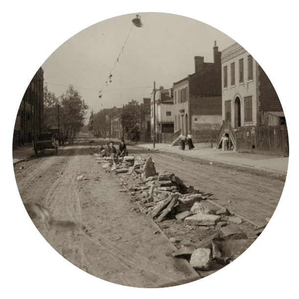Rubble on the Tracks,1900